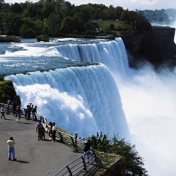 the-jefferson-niagara-falls