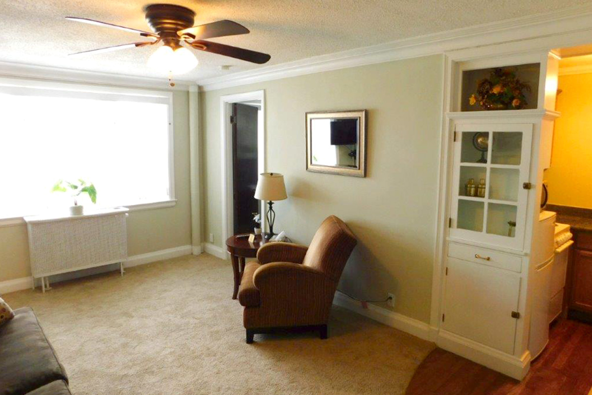 . 1 Bedroom Standard   The Jefferson Apartments and Suites