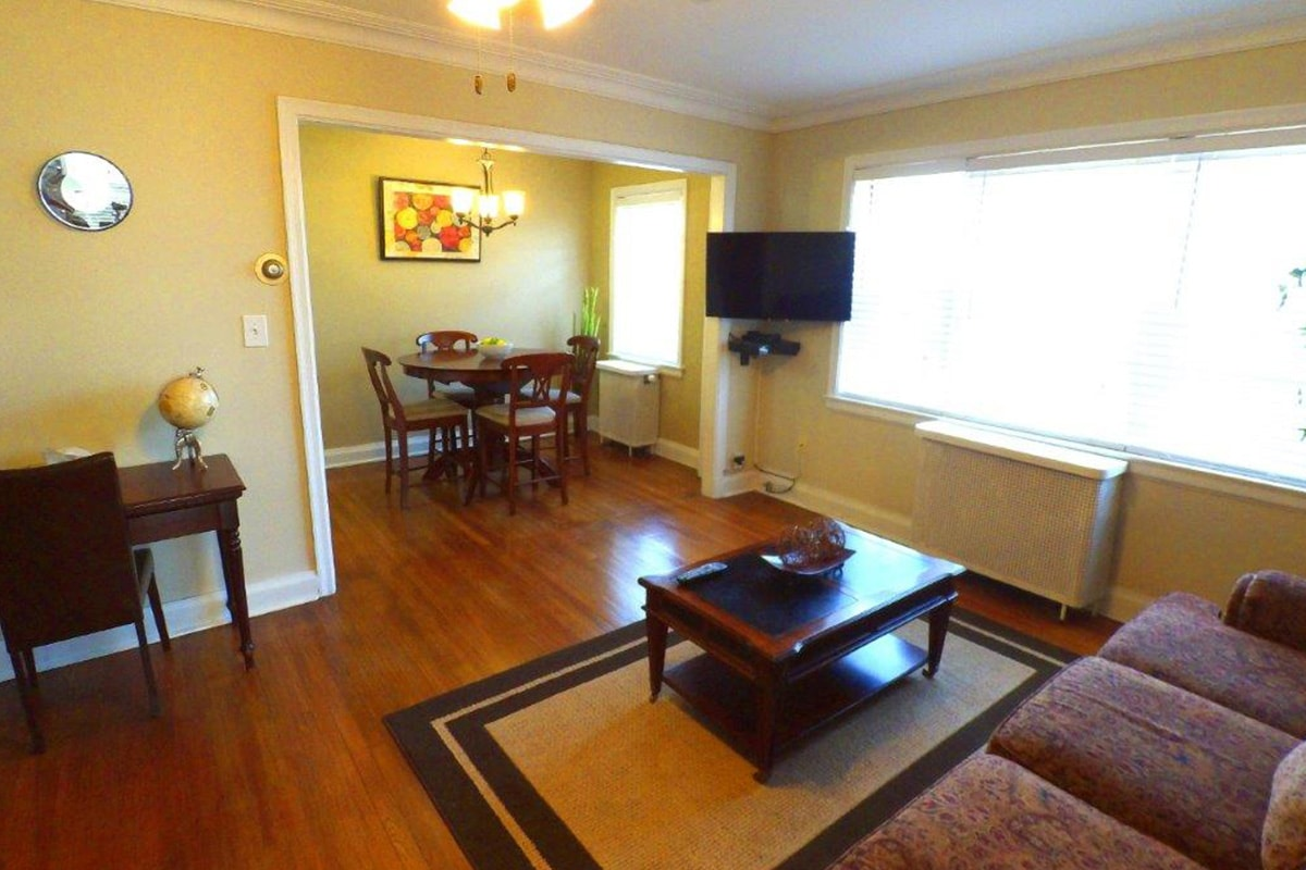 2 Bedroom Standard | The Jefferson Apartments and Suites